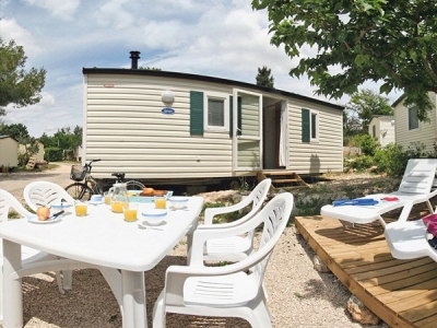 Homair Mobile home Bungalow (B), camp site Camping Le Val d'Ussel in Dordogne - picture 1
