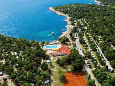 Camping holiday Croatia, Istria - Campingsite Camping Bijela Uvala - mobile homes and tents - picture 1