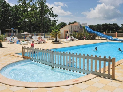 Camping holiday France, Charente Maritime - Campingsite Camping Domaine d'Oléron - mobile homes and tents - picture 1