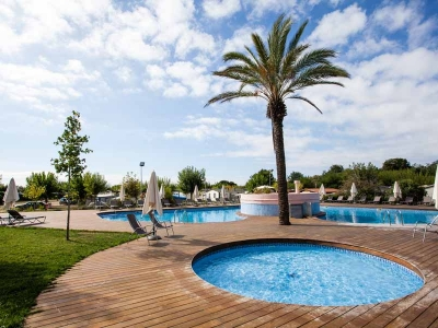 Camping holiday Spain, Costa Brava - Campingsite Camping El Pinar - mobile homes and tents - picture 1
