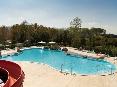 Camping holiday France, Languedoc - Campingsite Camping La Chapelle - mobile homes and tents - picture 1