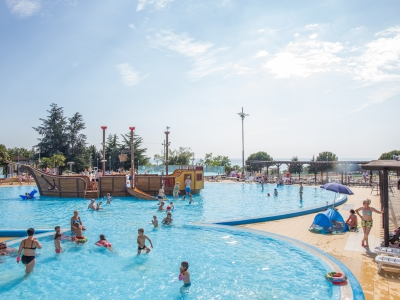 Camping holiday Croatia, Istria - Campingsite Camping Park Umag - mobile homes and tents - picture 1