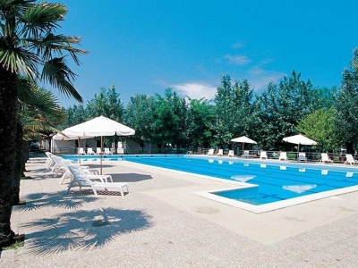 Camping Italien, Abruzzo- Campingplads Stork Camping Village - mobilhomes og telte - billede 1